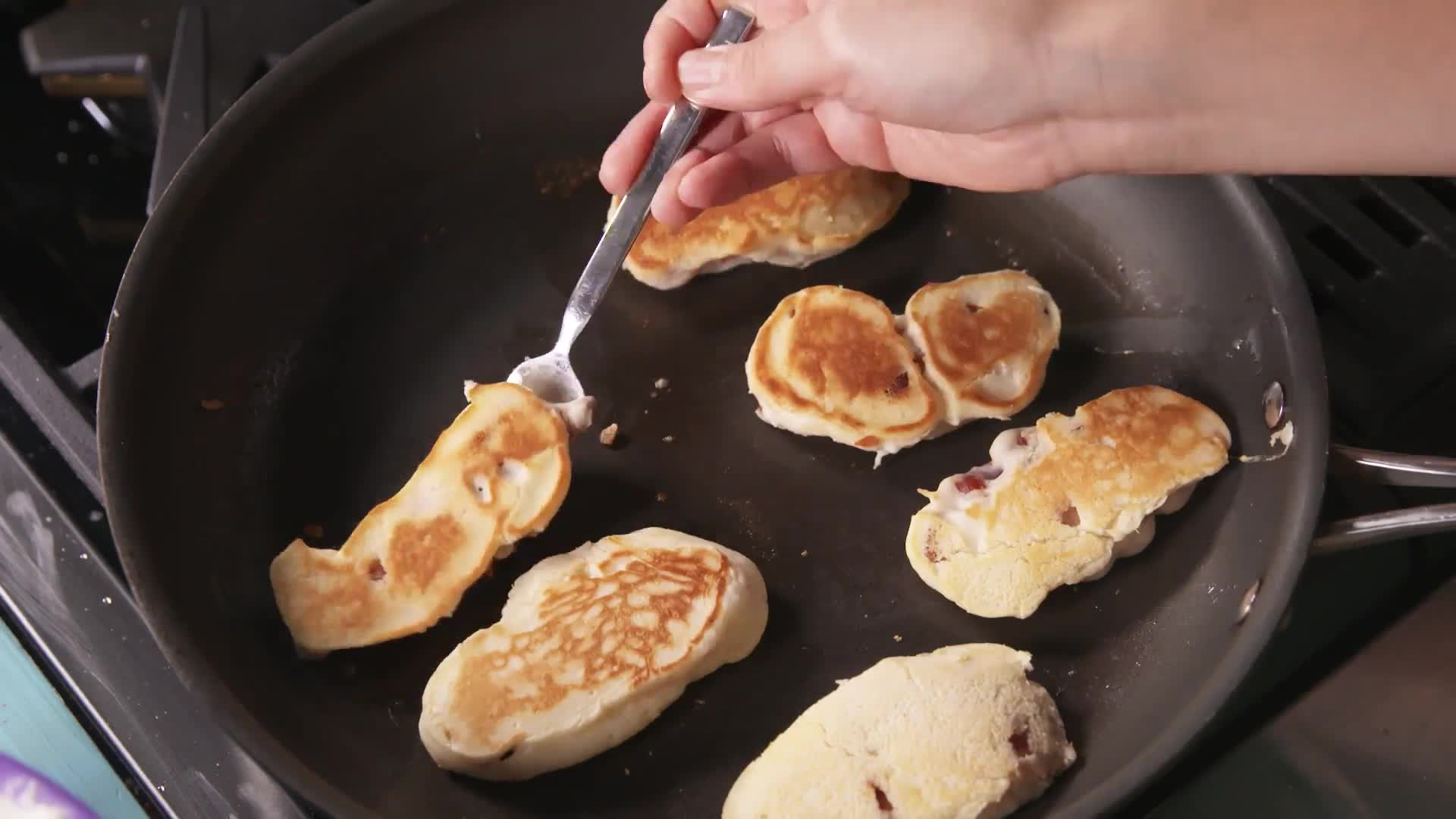 How to Make Bacon Pancake Dippers