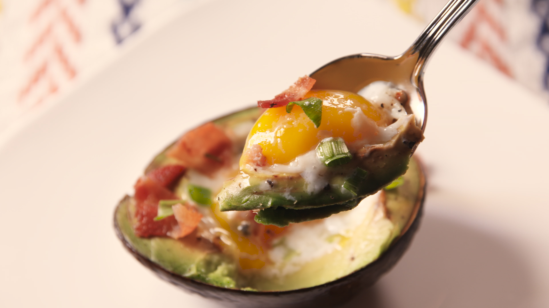 How to Make Avocado Egg Boats