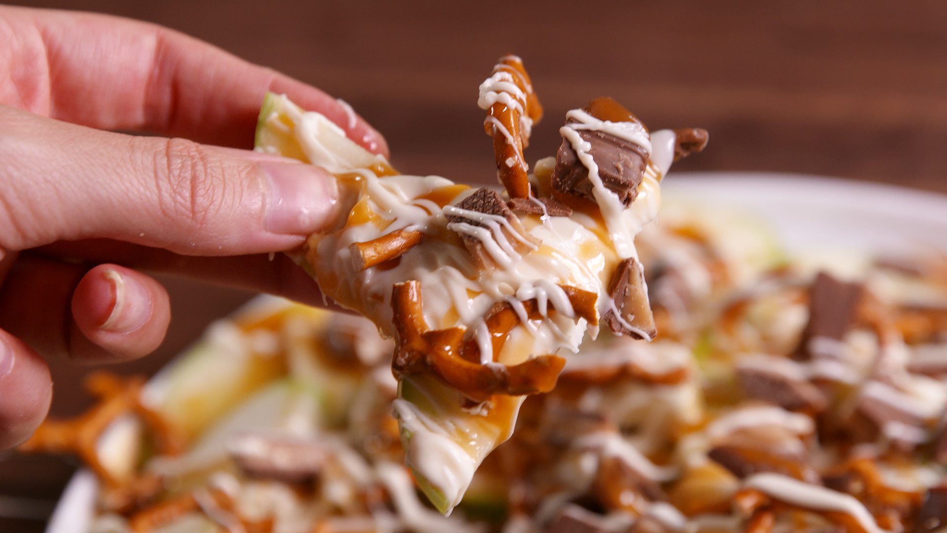 How to Make Apple Nachos