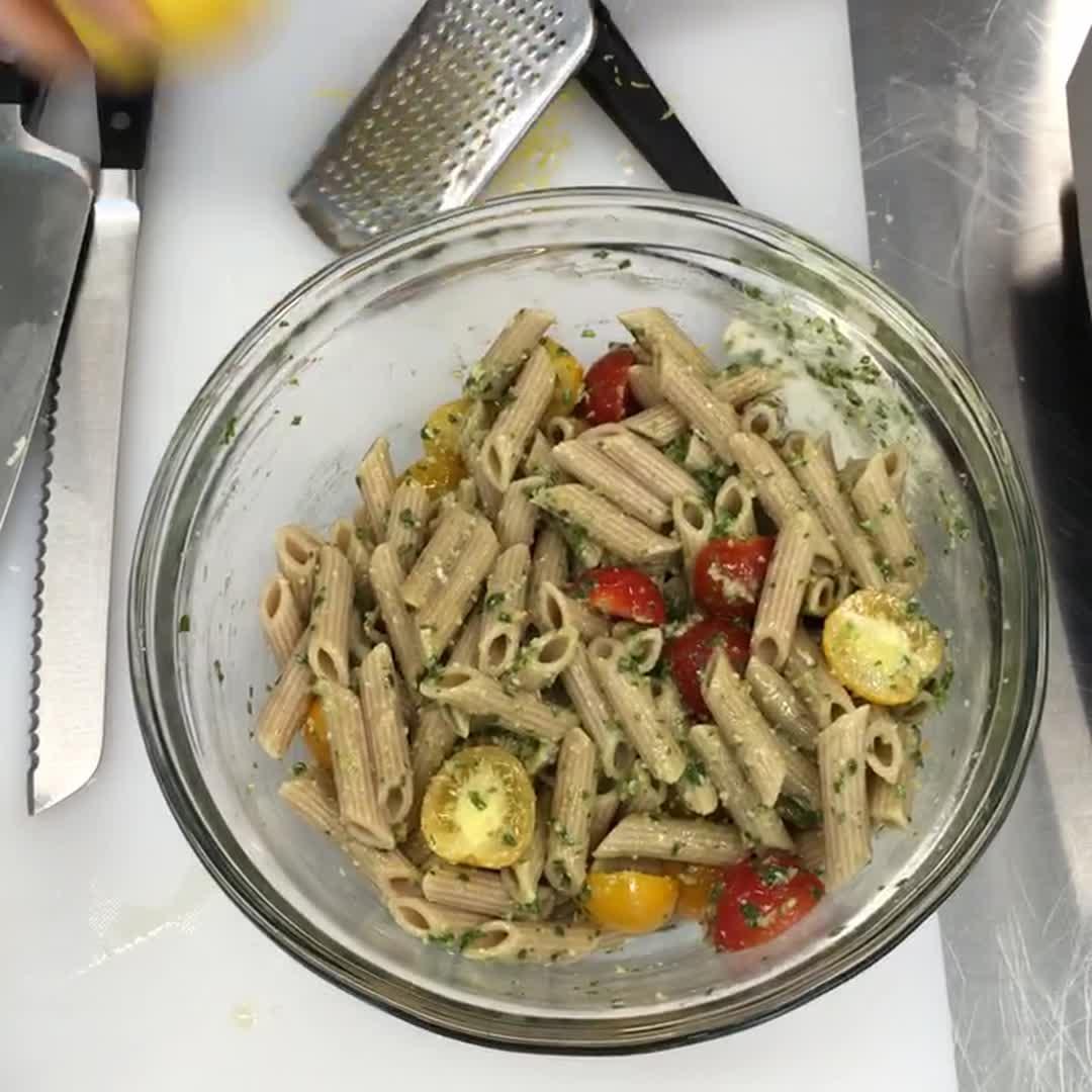 How to Make Pesto Pasta Salad Two Ways