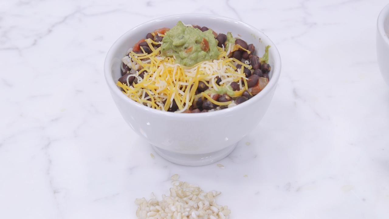 Dorm Room Dinner Hacks: Rice and Bean Bowl