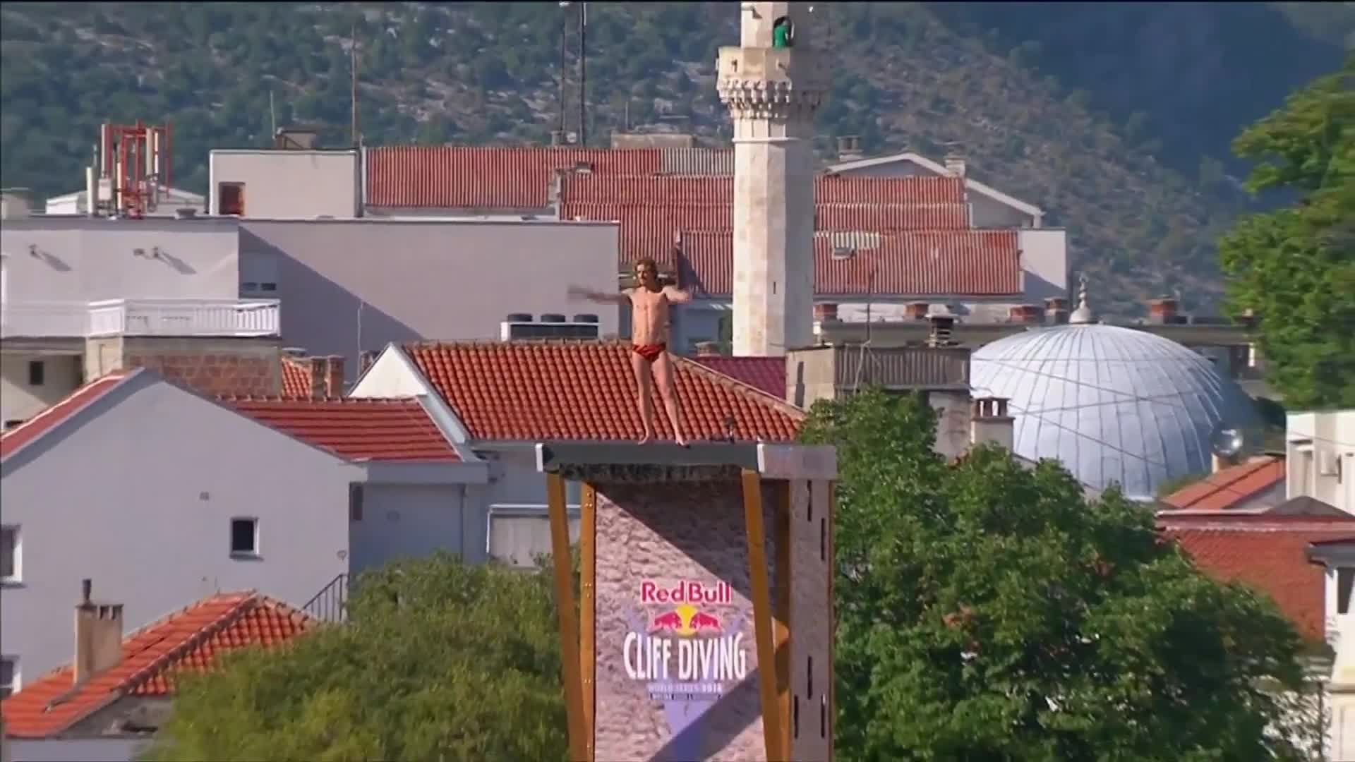 Wins for Navratil and Richard at Mostar Cliff Diving event
