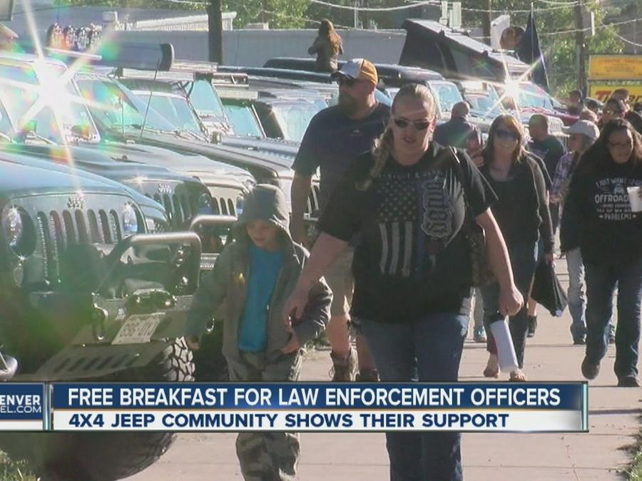 Free breakfast for law enforcement officers