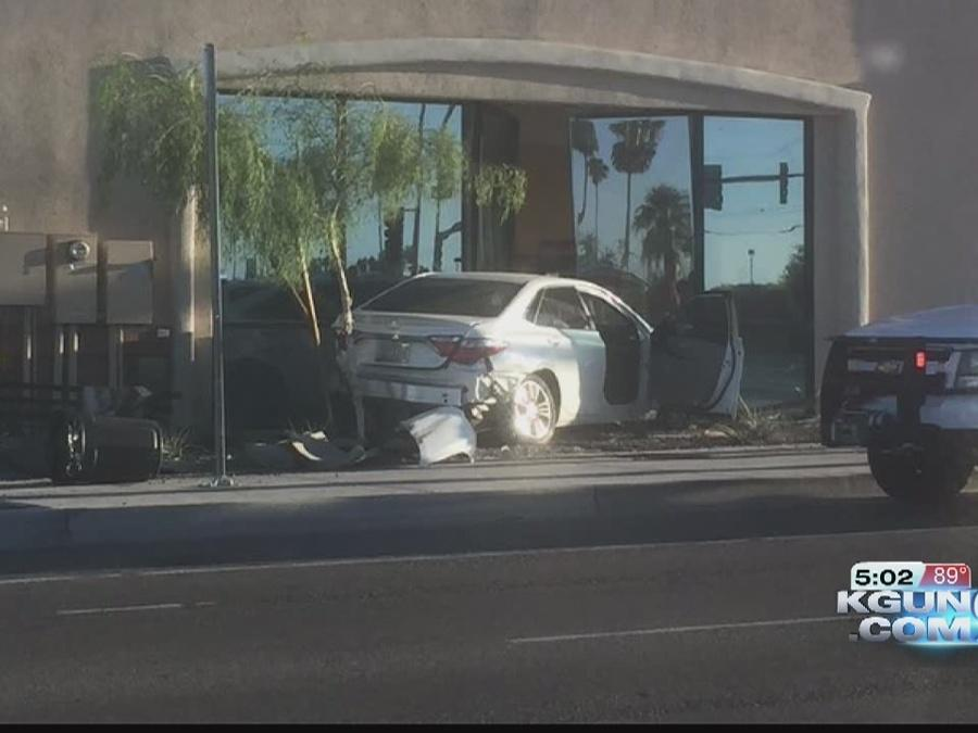 Car crashes into Mattress Firm at Oracle and Ina