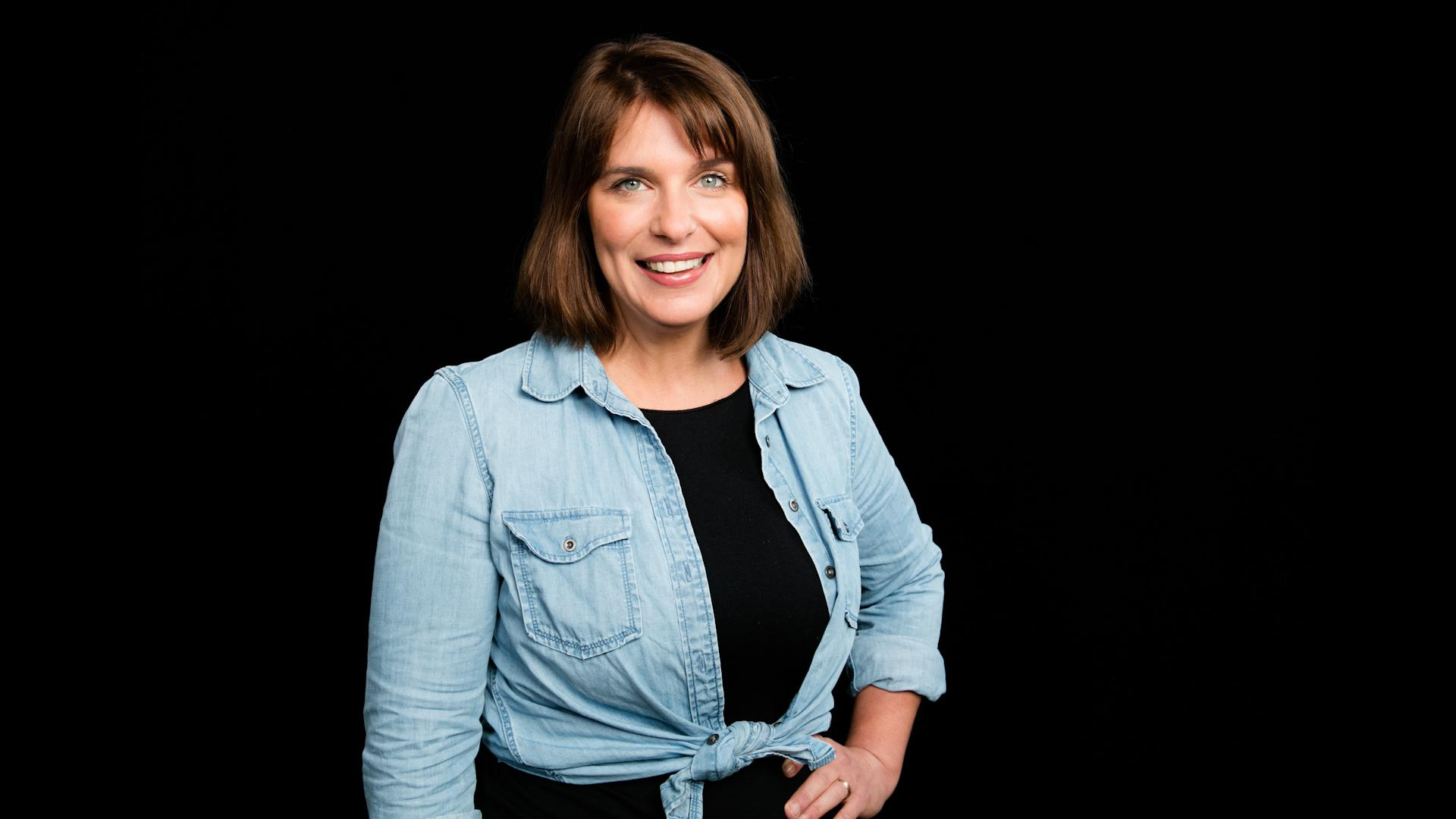 Vivian Howard On \