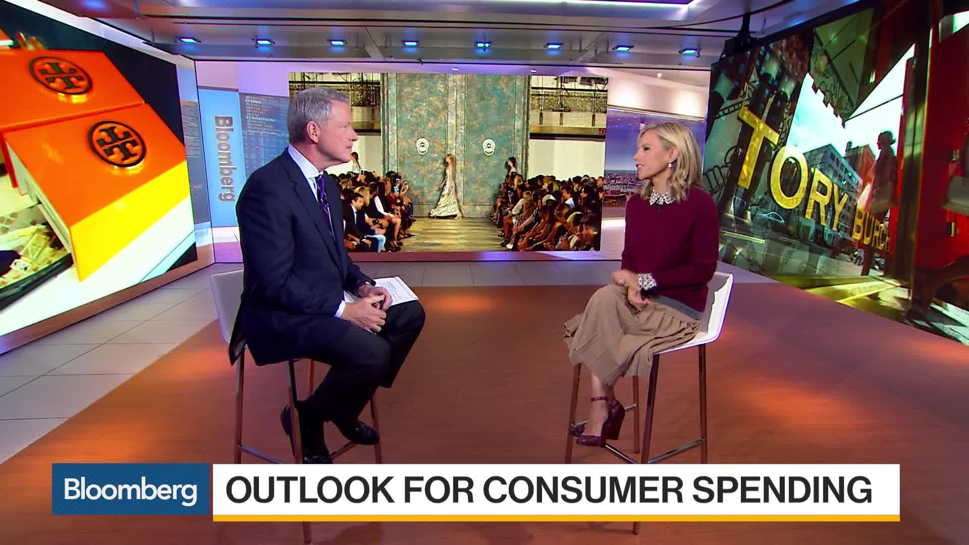 a36f67767004 Tory Burch Wants You to Get Out and Vote - Bloomberg Quint