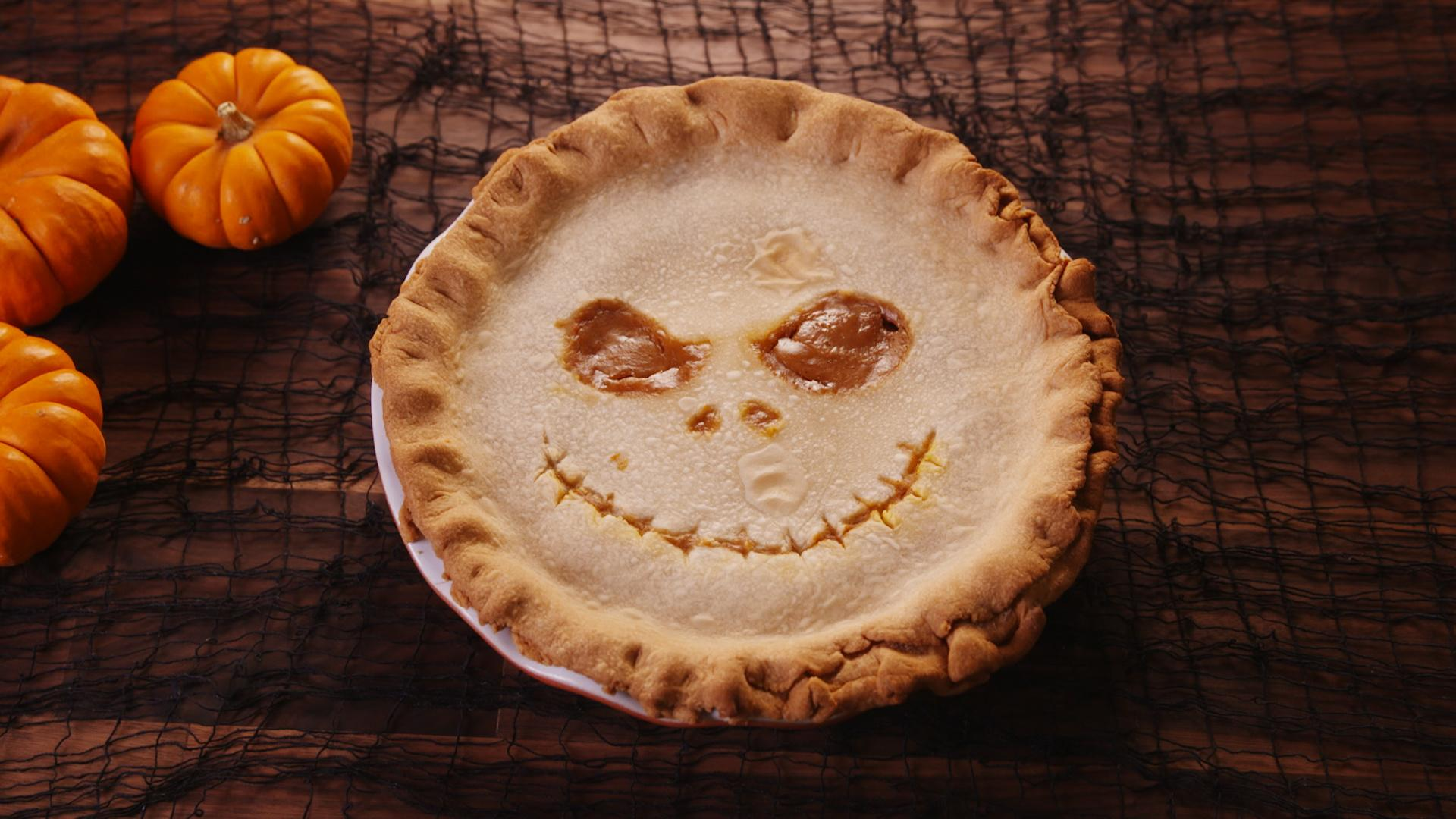 This Jack Skellington Inspired Pumpkin Pie Will Haunt Your Nightmares