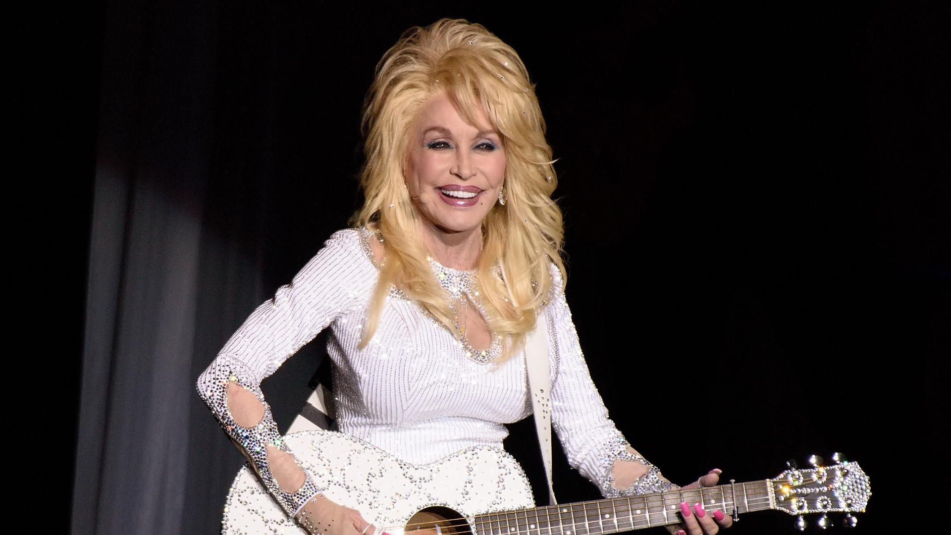6 Times Dolly Parton Said It Best