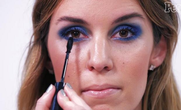 Think You Can't Pull Off a Smokey Eye? Try This Awesomely Easy Navy Look