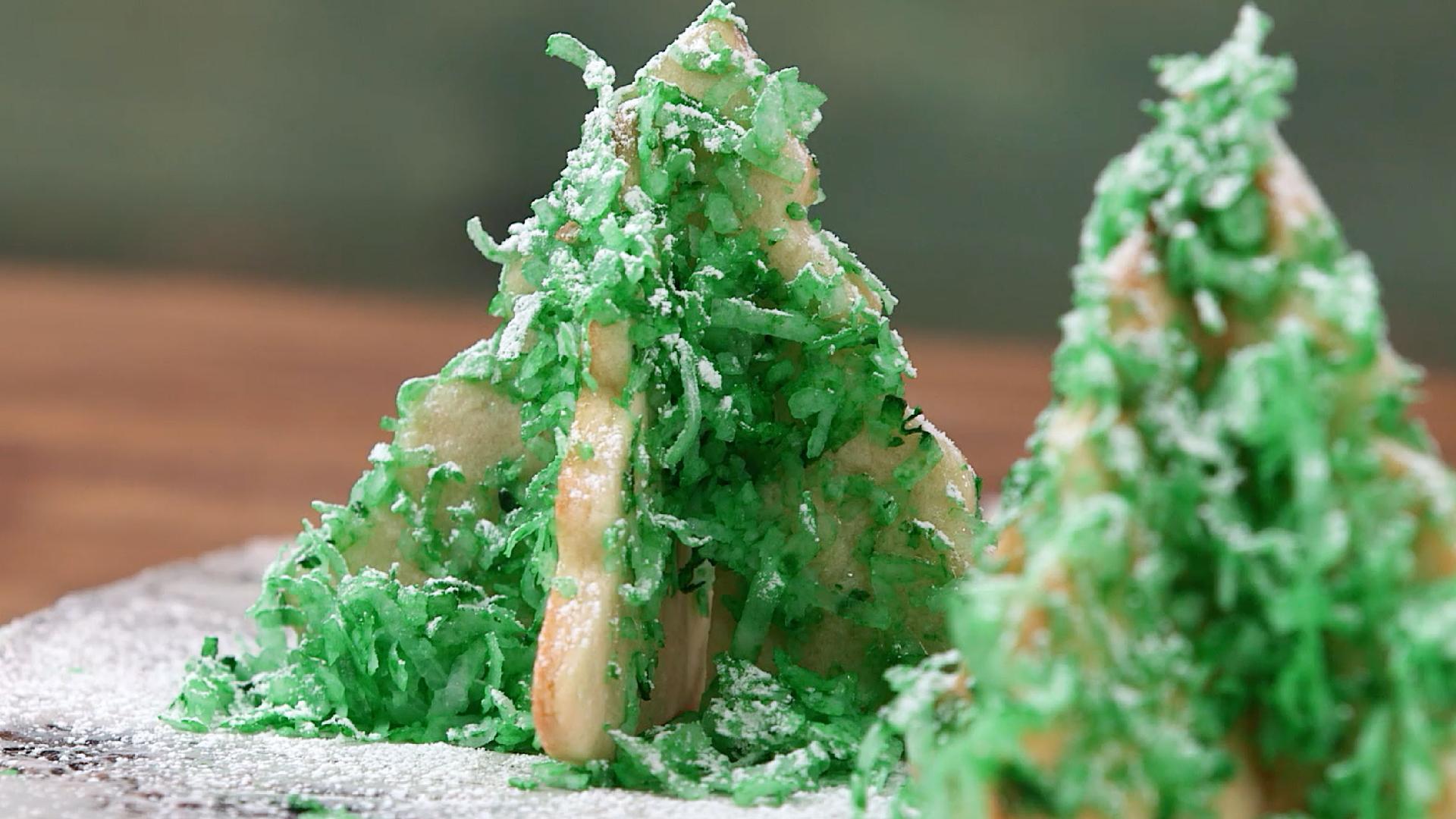 How to Make Christmas Tree Cookies