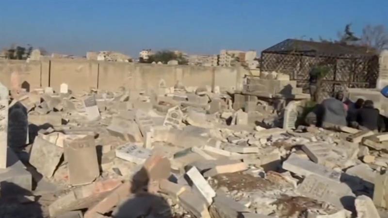 No Room for the Dead in Aleppo's Cemeteries