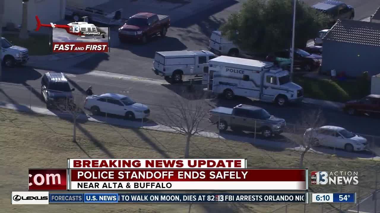 Suspect in custody after barricade near Alta, Buffalo
