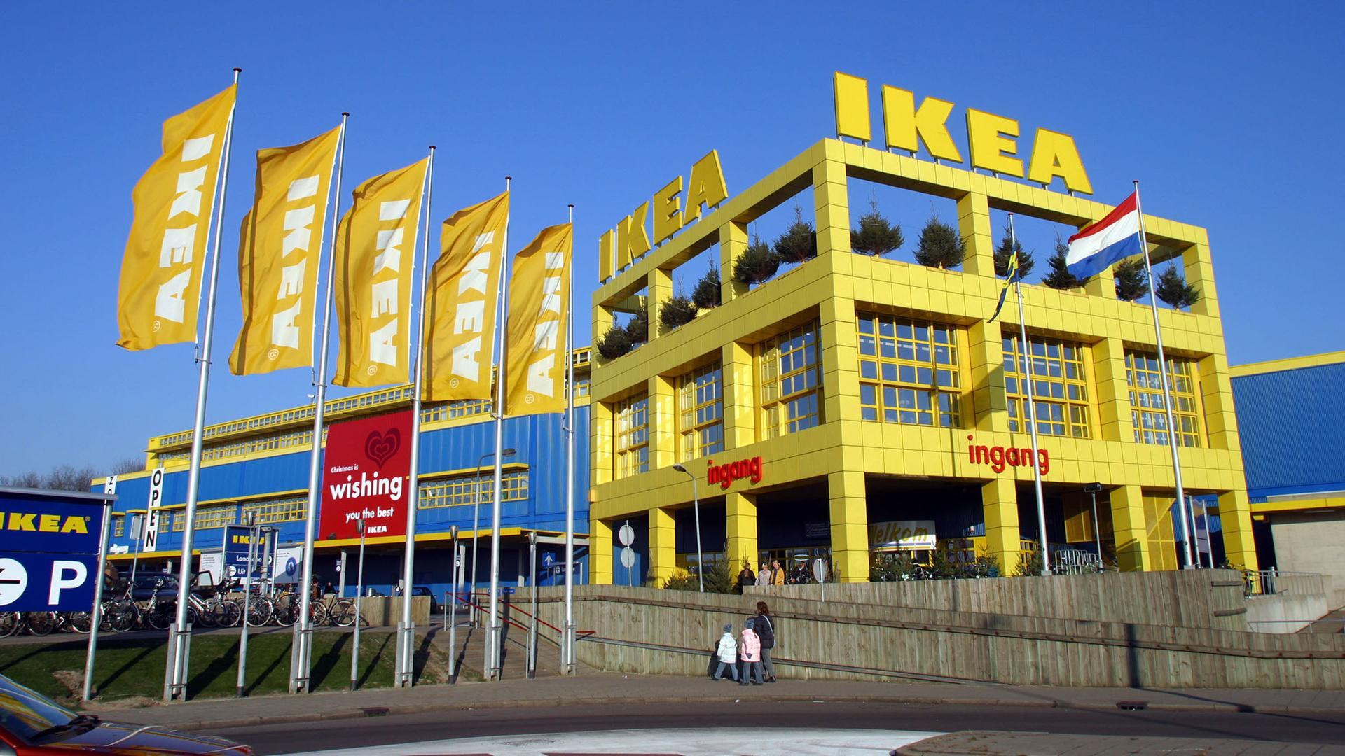 IKEA Will Sell Rugs Made by Syrian Refugees