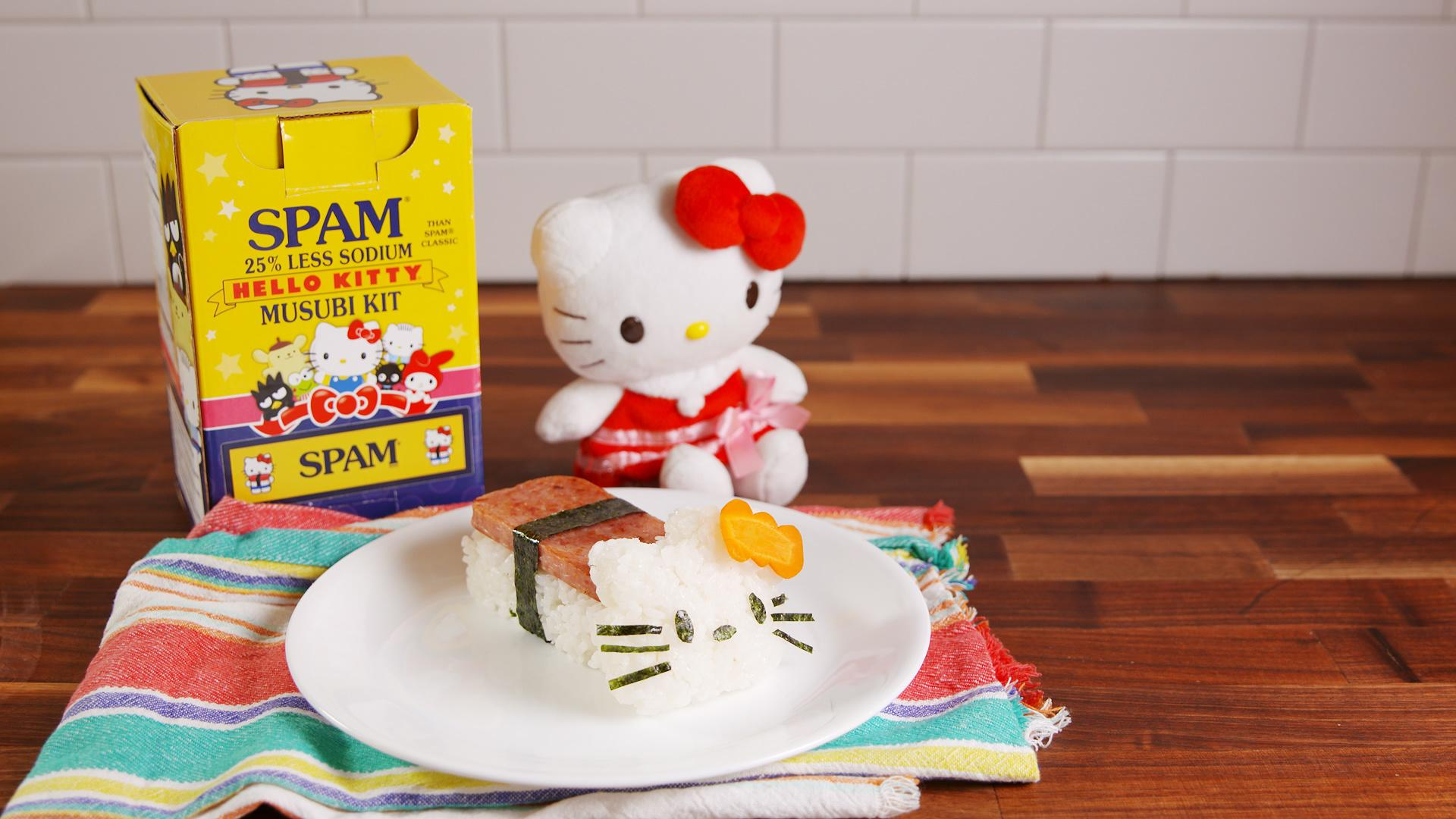 This Kit Turns Your Lunch Into Hello Kitty