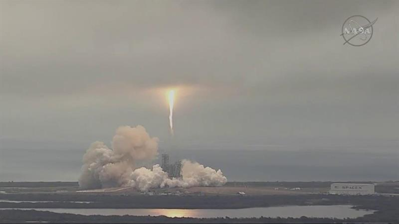 SpaceX liftoff: Falcon 9 rocket successfully launches, lands
