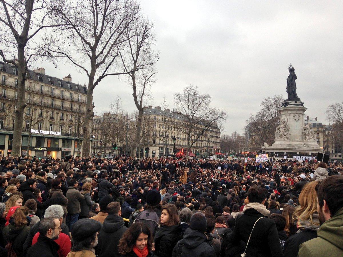 Paris Anti-Corruption Protest Takes Aim at Fillon