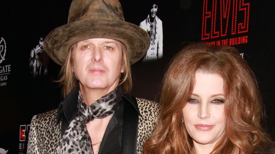 Lisa Marie Presley's Ex Leaves Her Broke