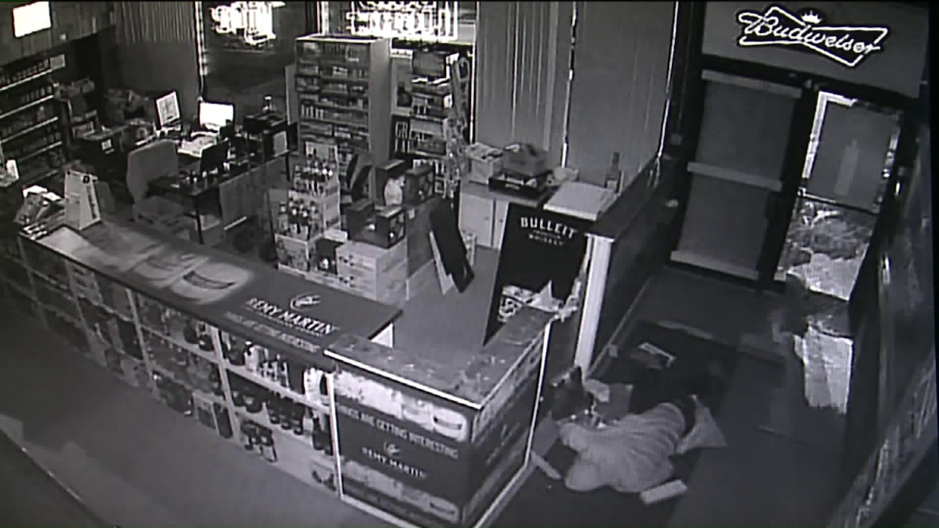 Thief Knocks Himself Out During Liquor Store Robbery