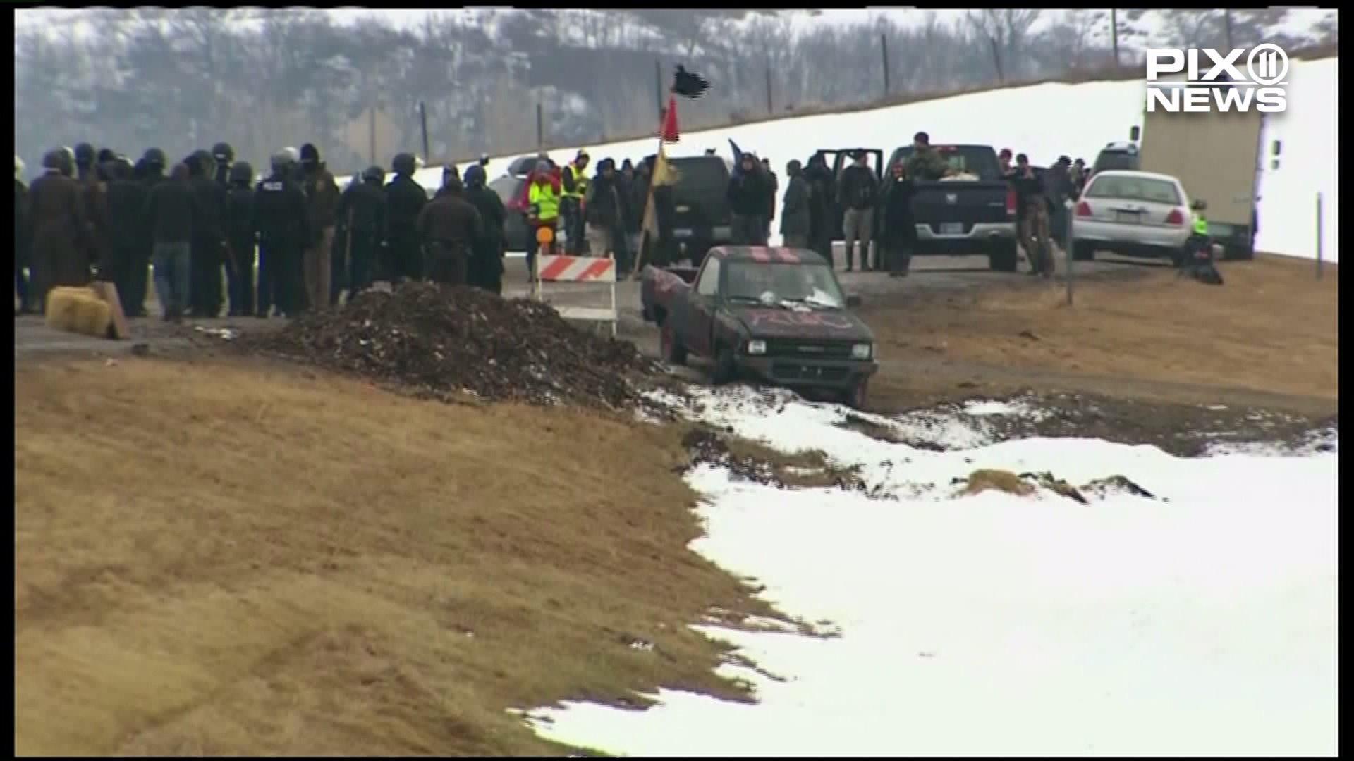Police Begin Arresting Dakota Access Pipeline Protesters at North Dakota Camp