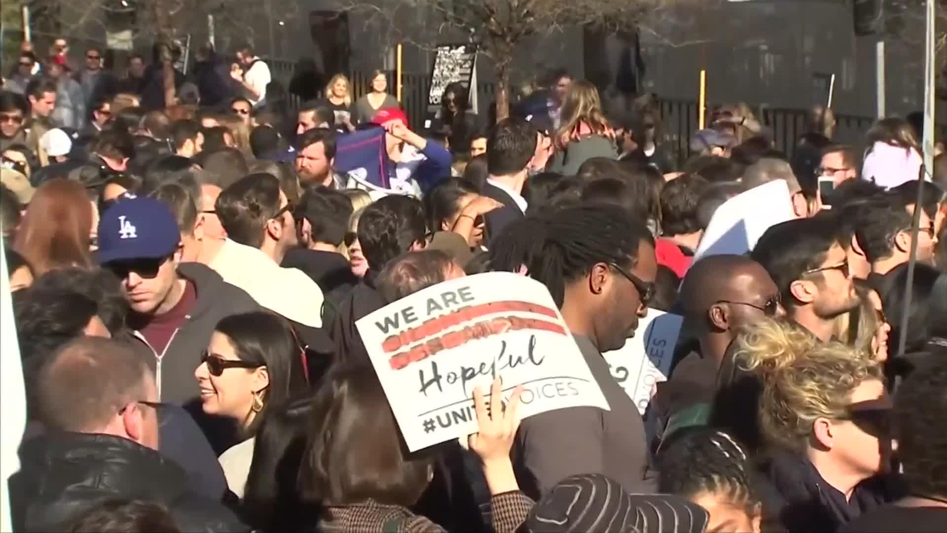 Stars speak at anti-Trump rally ahead of Oscars