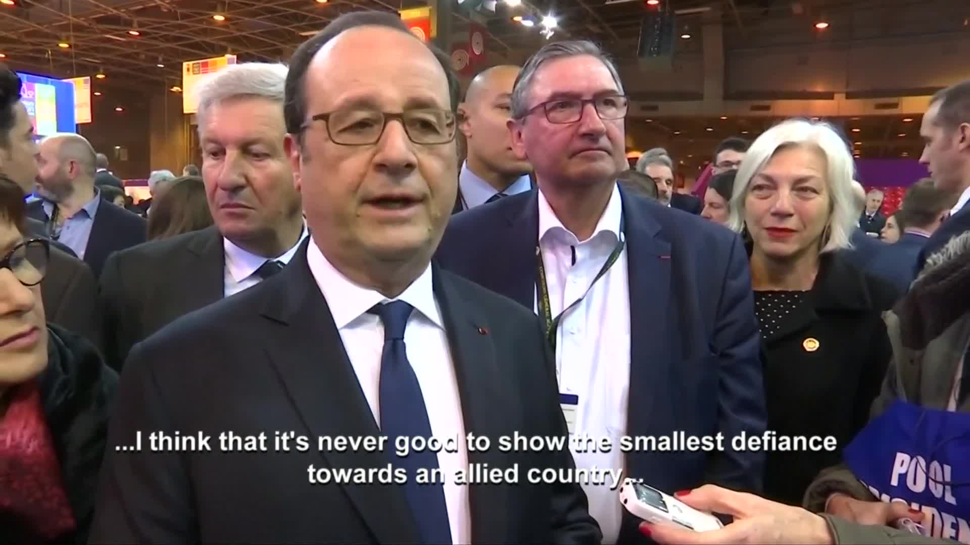 France's Hollande replies to Trump comments as he opens Paris farm show