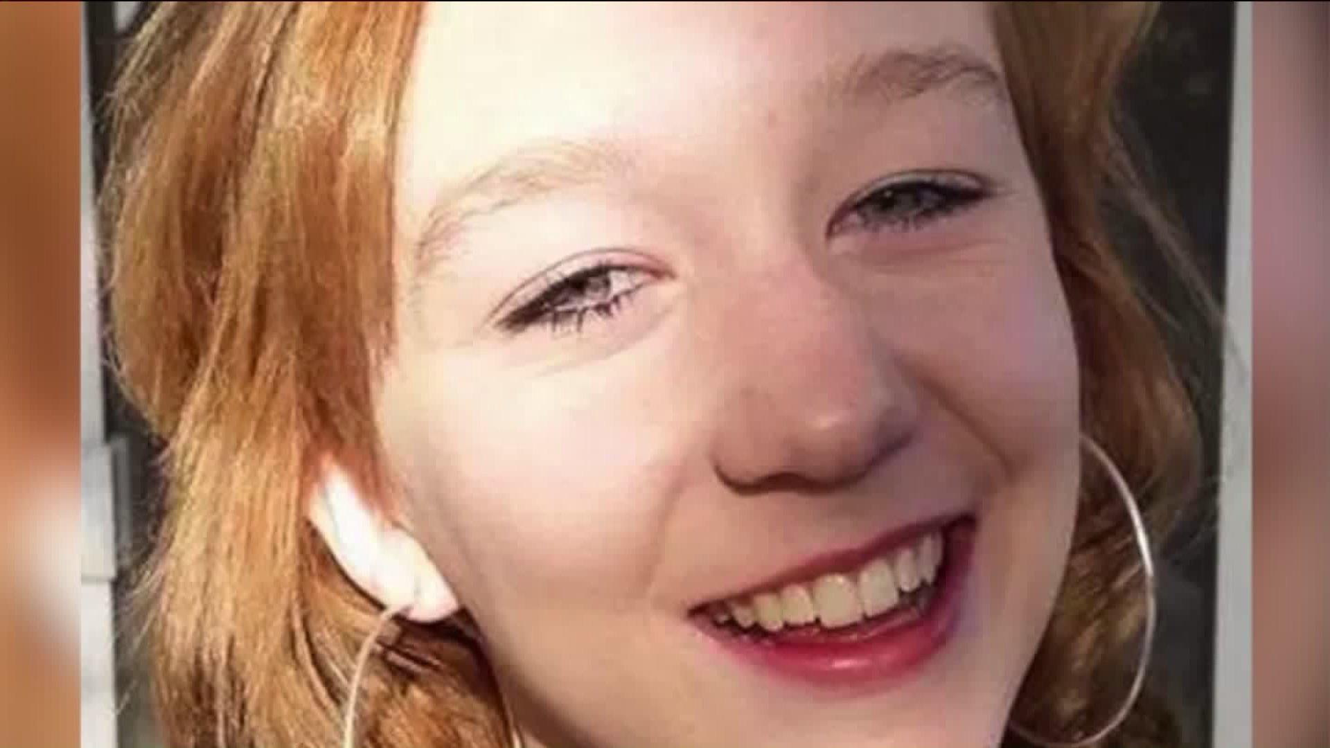 $20,000 Reward Offered for Driver Who Fatally Struck 15-Year-Old California Girl