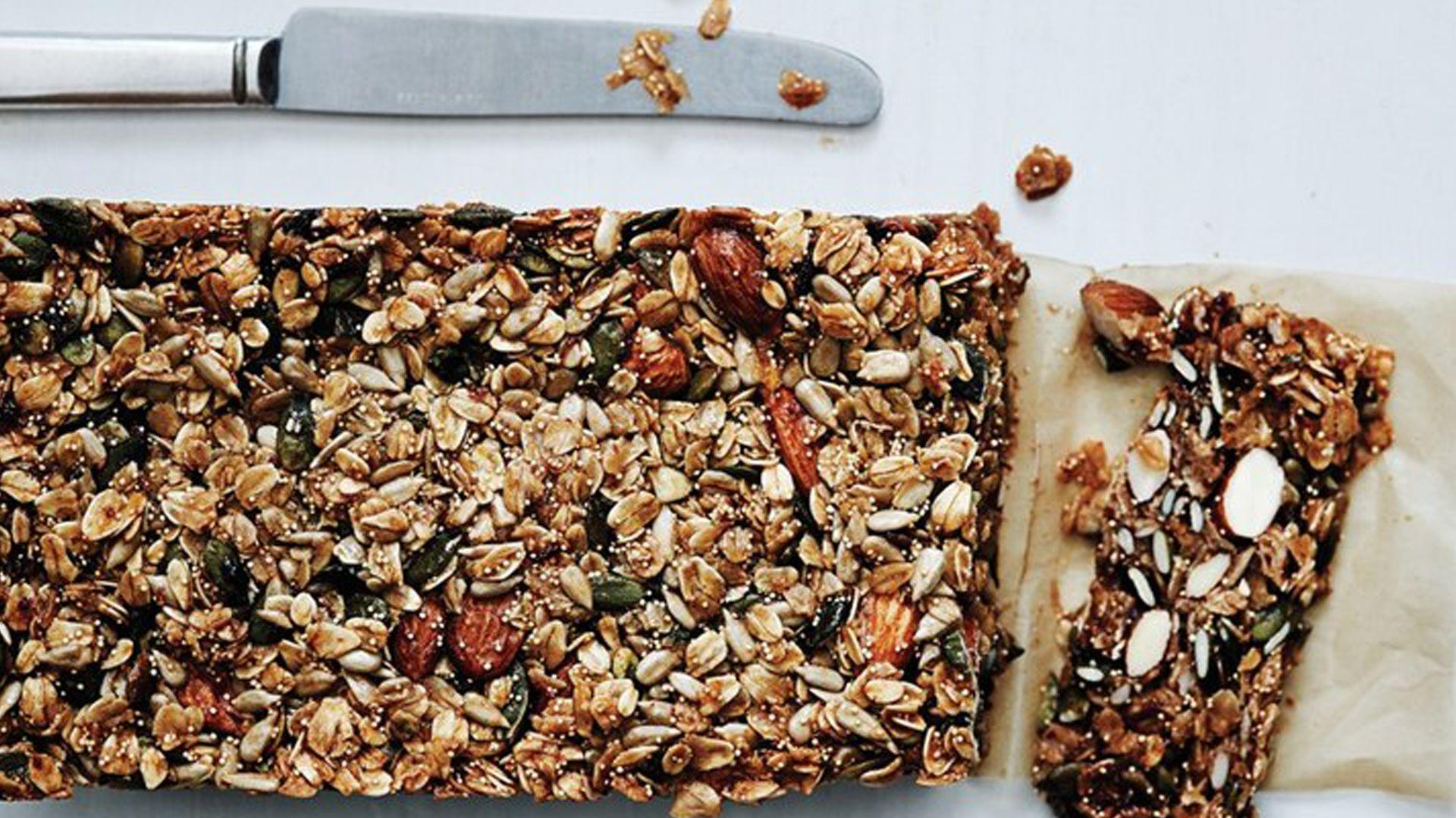 How to Make Nutty Grain and Oat Bars