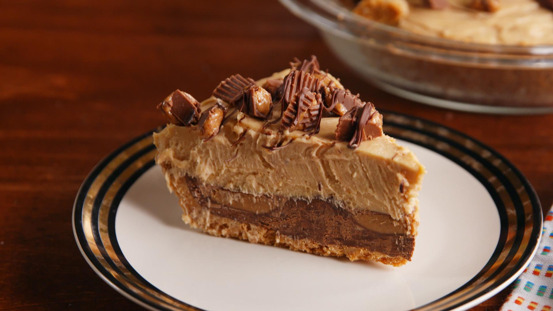 The Inside of This Reese's Stuffed Pie Has to Be Seen to Be Believed
