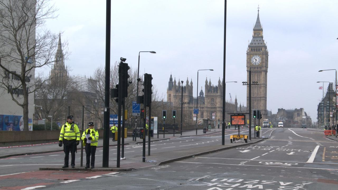 Police investigate Westminster attack