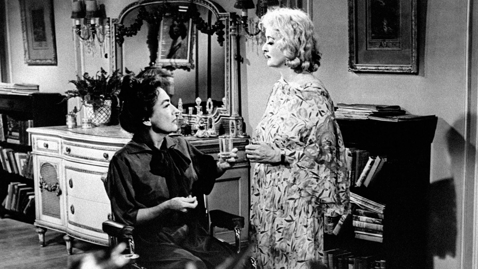 A Timeline of the Feud Between Bette Davis and Joan Crawford
