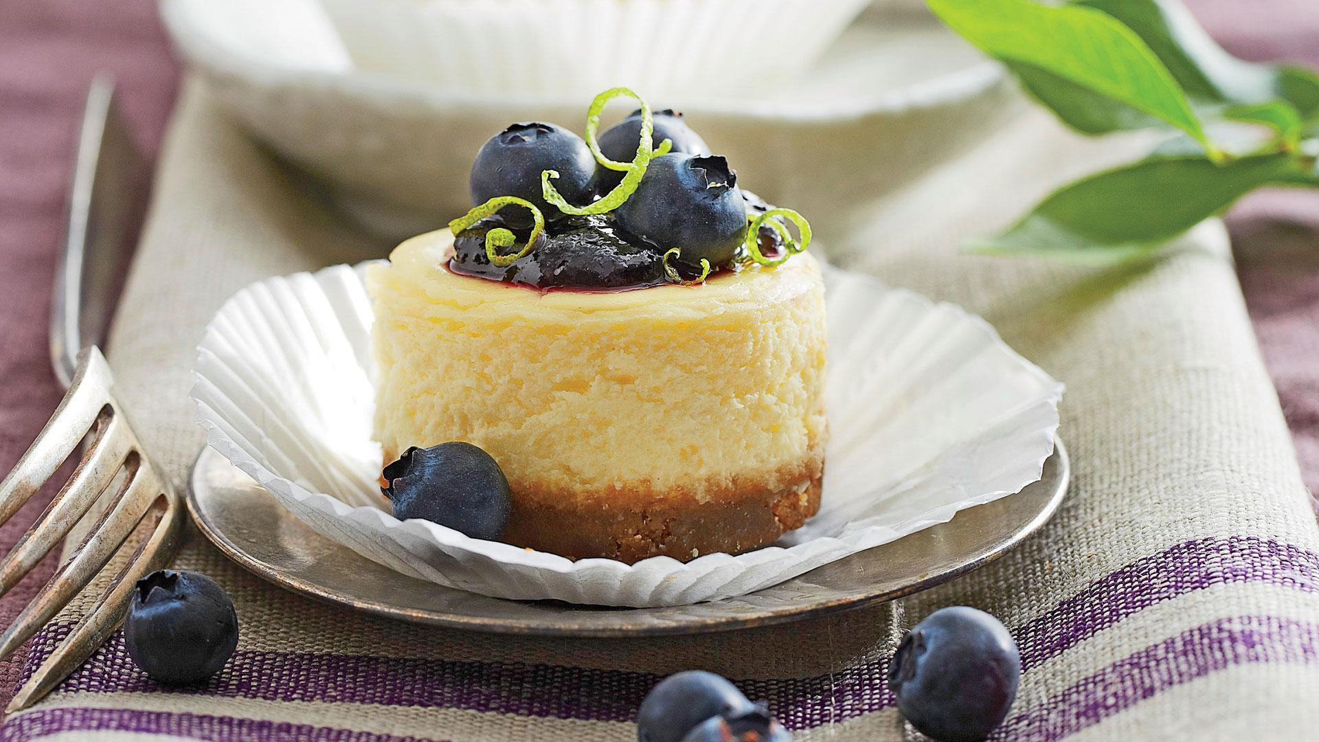 How to Make Petite Blueberry Cheesecakes