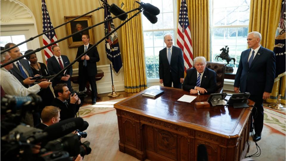Trump To Sign Order Easing Energy Regulations