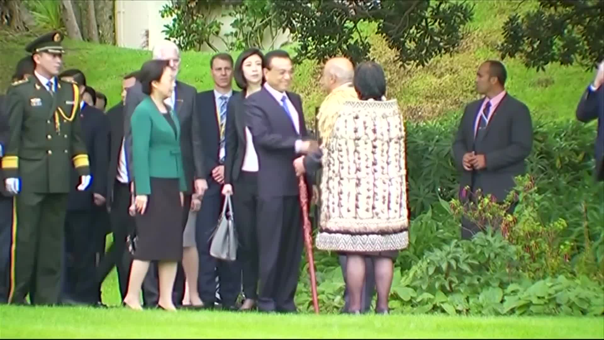 New Zealand welcomes Chinese Premier with the Hakka