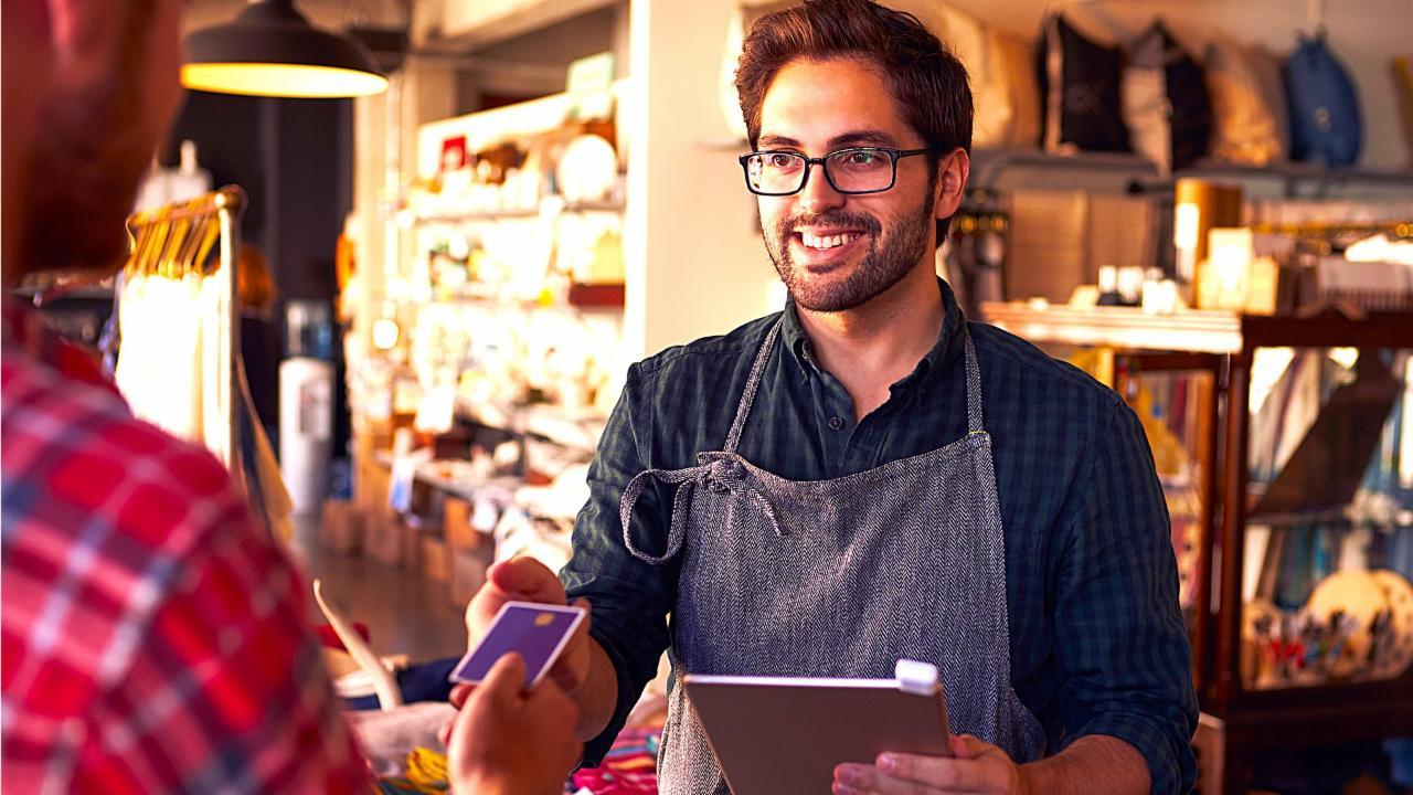 3 Clever Ways Brick-And-Mortar Retailers Are Surviving