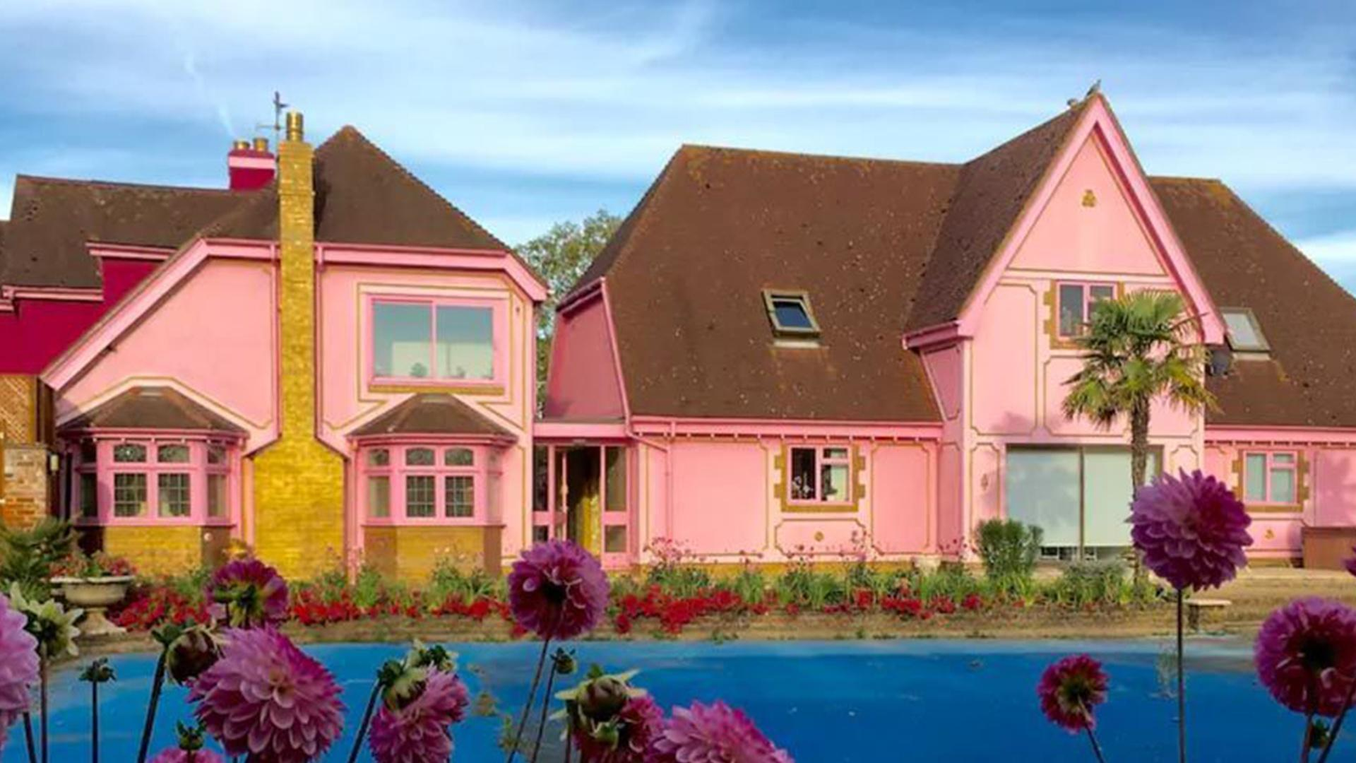 This Real-Life Barbie Dream House Is a Literal Dream Come True