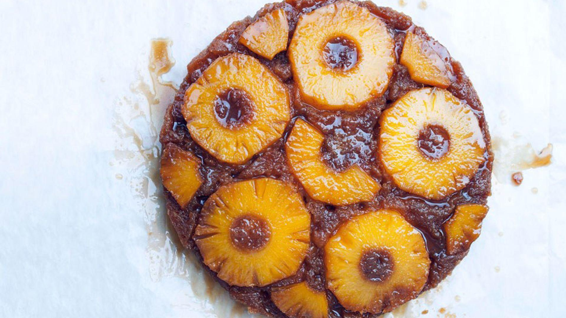 How To Perfectly Assemble A Timeless Pineapple Upside-Down Cake