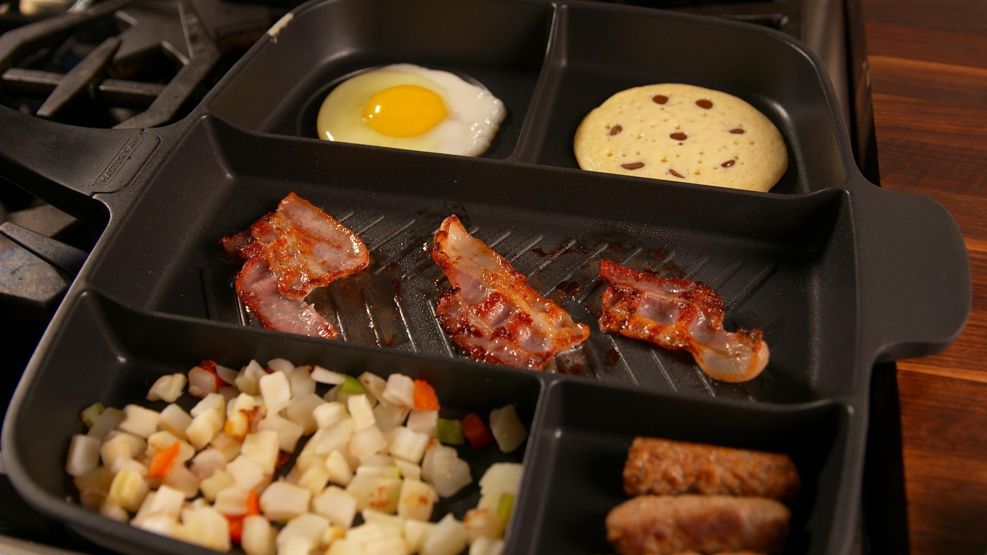 This Ingenious Skillet Lets You Cook a Whole Meal in One Pan