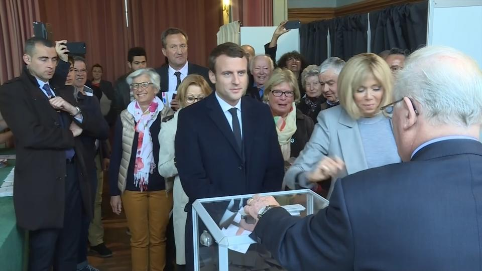 Macron casts his vote in Le Touquet