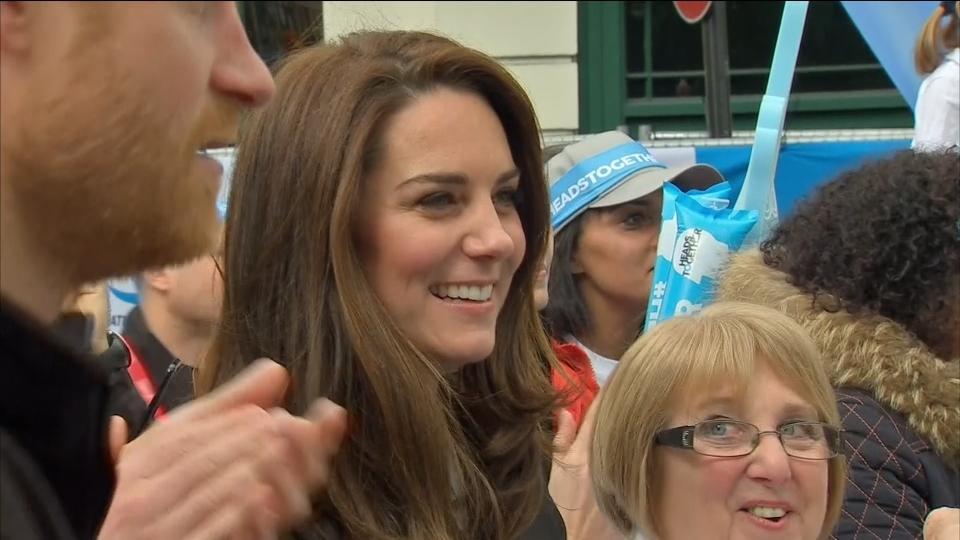 British royals cheer London marathon runners