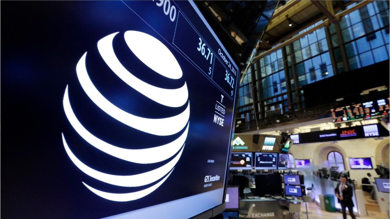 AT&T CEO Expects Time Warner Deal to Happen 'This Year'