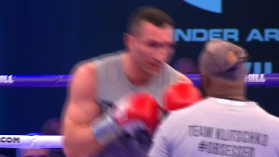Klitschko, Joshua put through paces ahead of world title fight