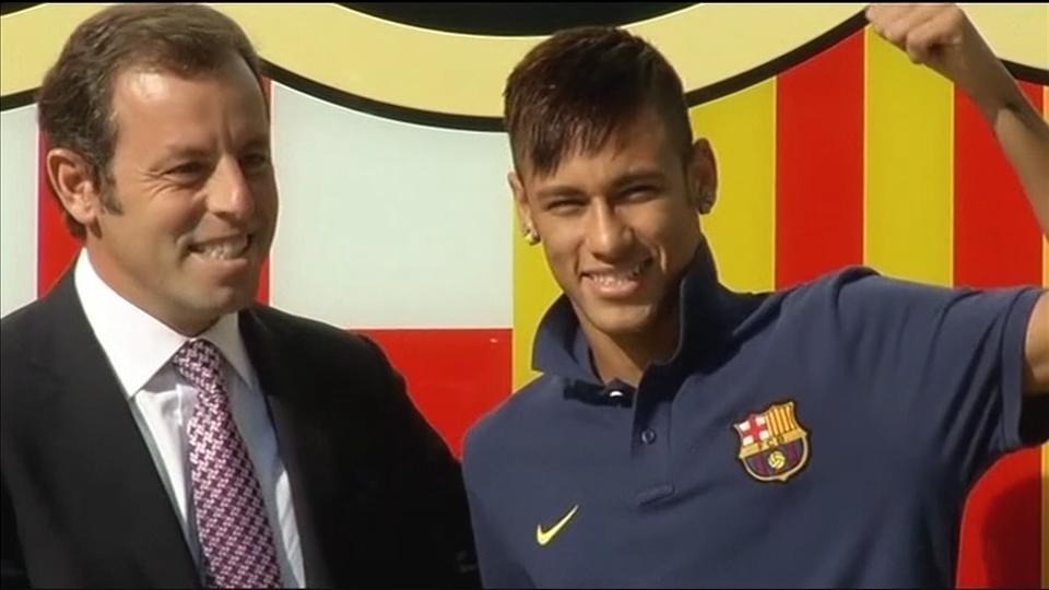Spanish police arrest former Barcelona FC president in graft investigation