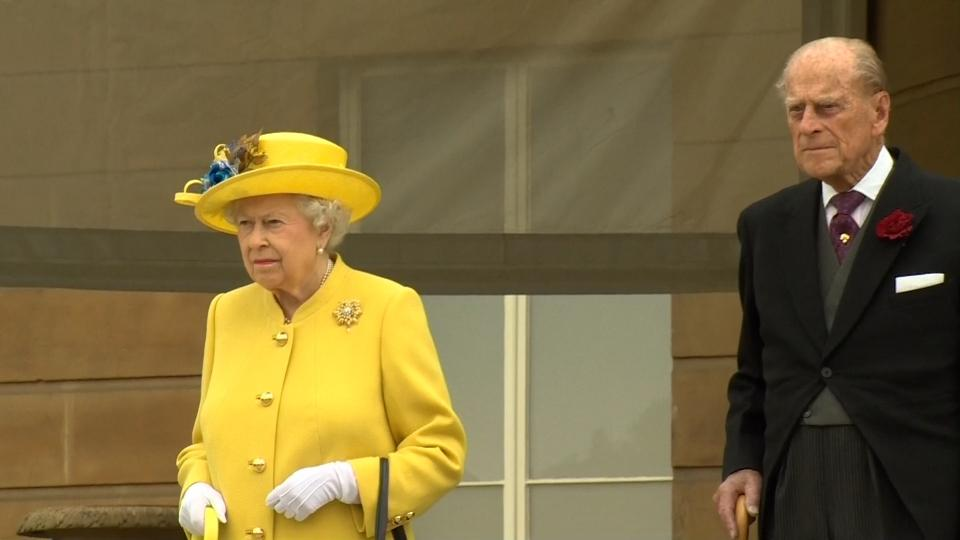 Queen leads minute silence for Manchester attack victims
