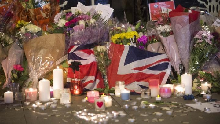 Tribute to Manchester Victims