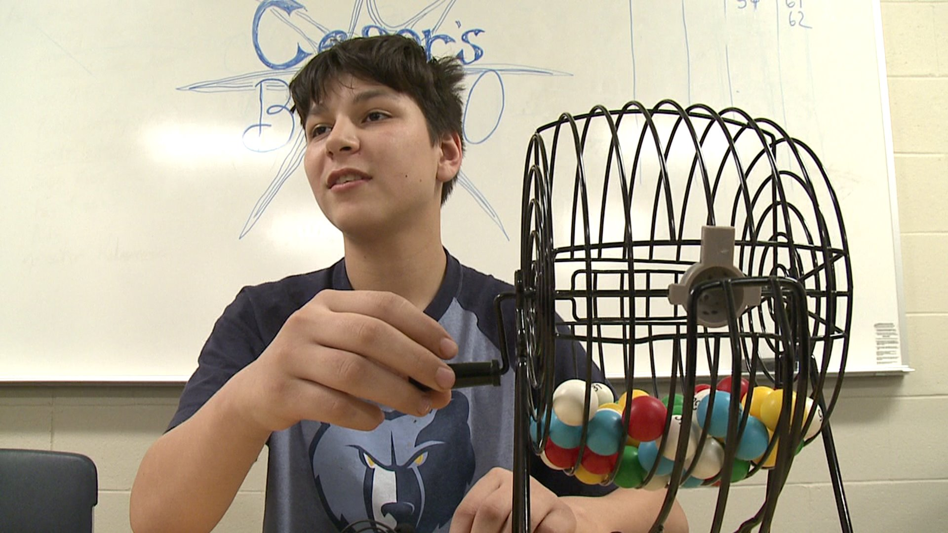 Michigan Teen Plays `Bingo,` Brings Prizes to Homeless Shelter