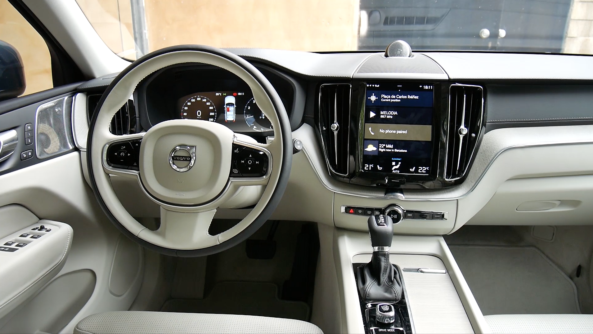 2019 Volvo Xc40 Will Have A Trash Can Tissue Box Holder Autoblog