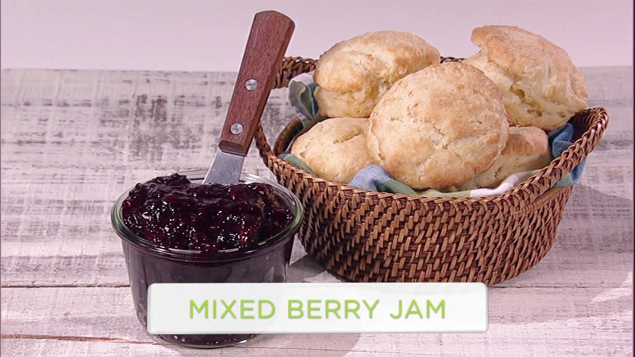 Bro-Made Homemade: Mixed Berry Jam
