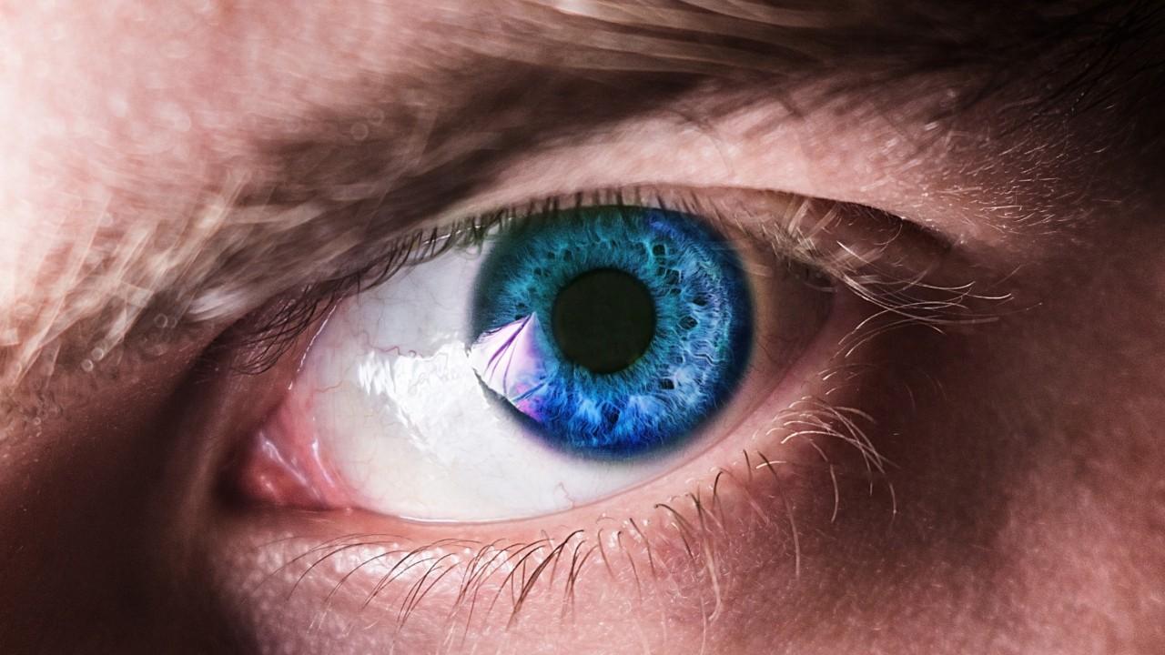 VR Headset Mimics Eye At '70x' Clarity