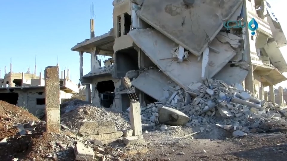 Video purports to show heavy bombardment of Syria's Deraa