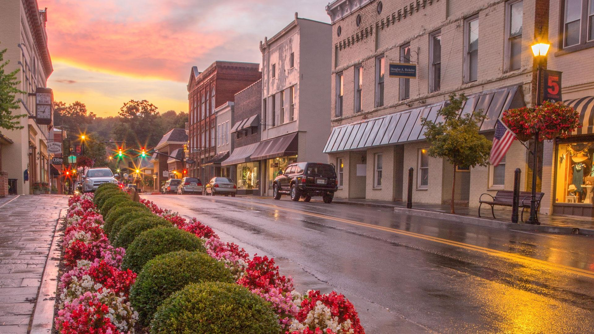 These Are The Best Small Towns For Retirement